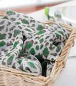 Significantly - yoru chiffon) Green Leopard