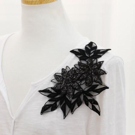 2ea-'s panggeul motif) Black Cara