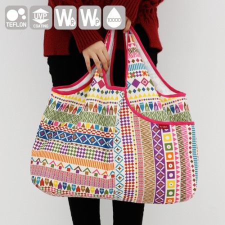 Emotional camping fabric) Hello India