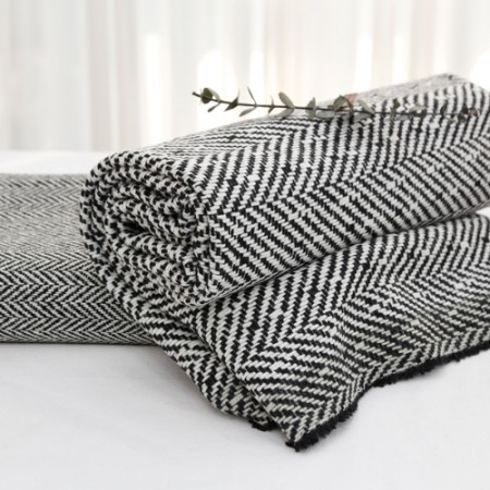 Significantly - wool blend fabric) Black & White (2 species)