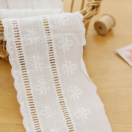[LA070] cotton lace) Flower ladder (White)