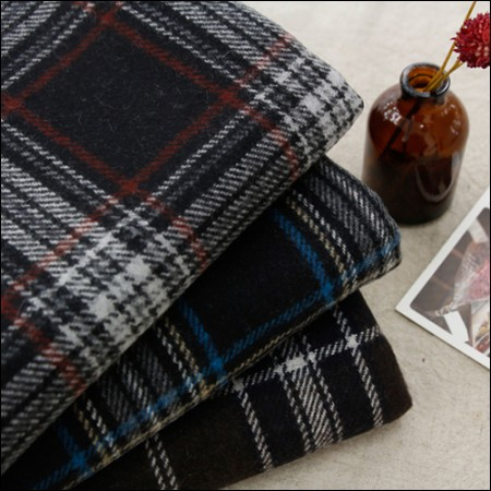 Large-wool blend fabric) Classic check (3 kinds)