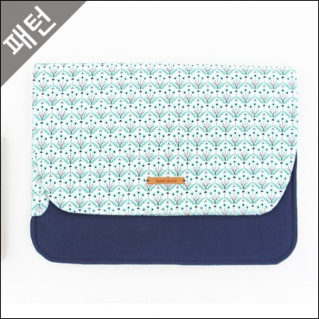 Patterns-Props) Laptop Case [P906]
