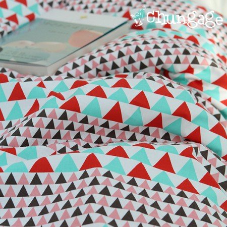 "Cotton Fabric 20 Plain Plain Fabric) Triangle [142] <div style=""display:none""> Cotton Fabric / Fabric Shop / Fabric / Self-made / It's Fabric / Pretty </div>"