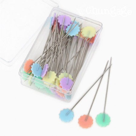 Basic set of needle pins Pastel flower