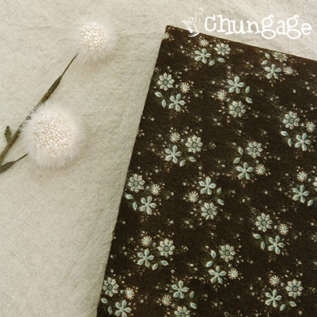Large-sized cotton brushed fabric) Minty Flower