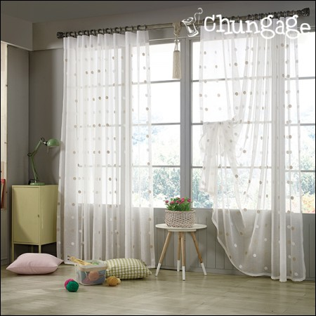 Wide-embroidered curtain paper) Duet