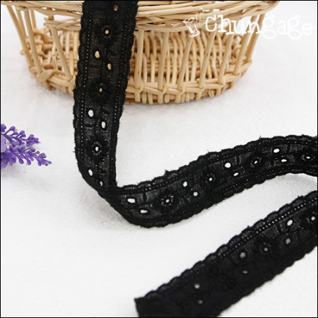 Cotton Lace Cotton 041 Dandelion Tape Black