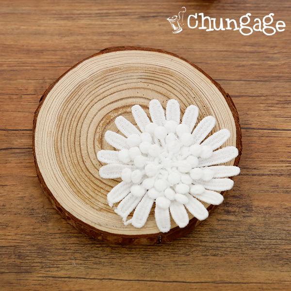 Motif lace chrysanthemum flowers scent bag