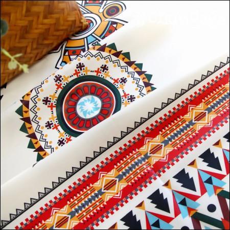 Laminate cut paper) Aztec circle