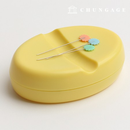 Magnetic pincushion oval color random